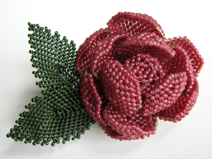 Red rose barrette