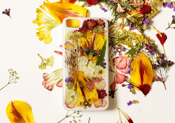 etsyhowto-iphonecase-tutorial-diy-1a